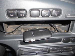 Установка GPS трекера в автомобиле.