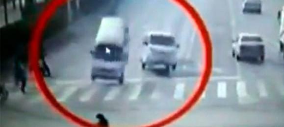 Необычное ДТП в Китае