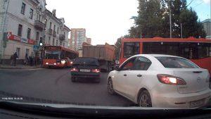 Пробка из-за аварии